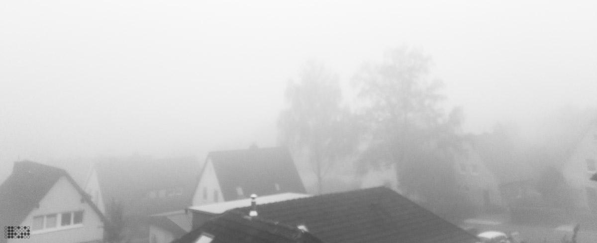 Foto: Starker Nebel über der Stadt